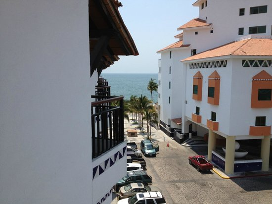 Buenaventura Grand Hotel & Great Moments All Inclusive:                   View from 4th floor- city side