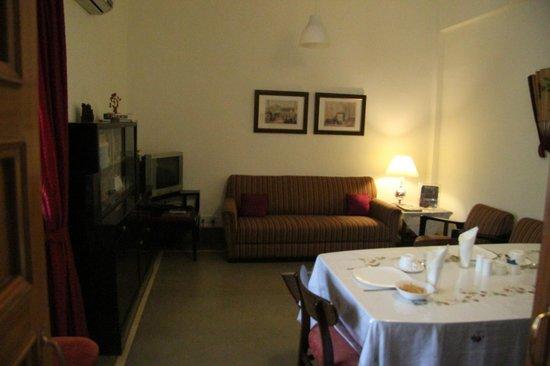 Jorbagh BnB:                   sala colazione