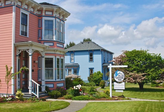 Blue Goose Inn Bed and Breakfast: The Blue Goose Inn (two homes)