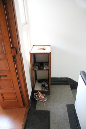 Jorbagh BnB:                   scala per le camere