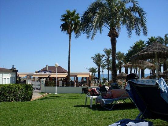 MedPlaya Hotel Pez Espada :                   Sortie sur la Caruhella
