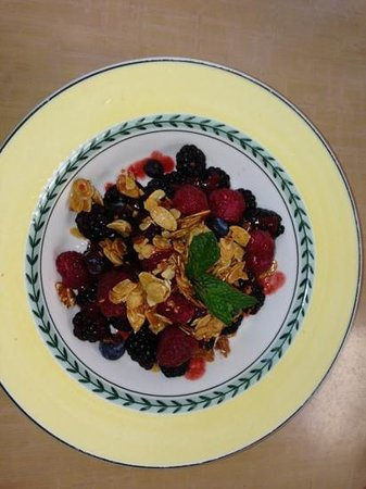 Pyramid Bistro :                   fresh berries with sweetened sliced peanuts--yummy