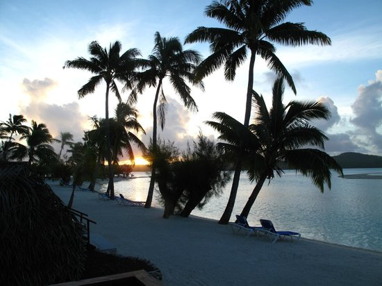 Aitutaki Lagoon Resort & Spa:                   Breathtaking..postcard perfect!