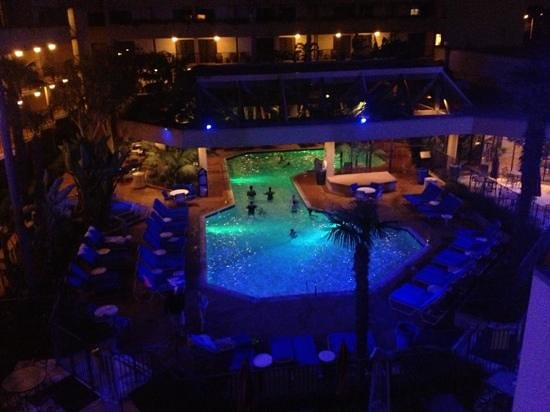 Anaheim Marriott:                   pool at night