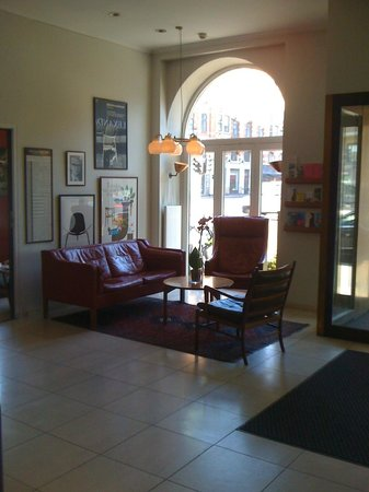 Hotel Alexandra: Reception area
