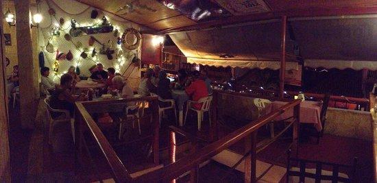 La Hija del Capitan : Restaurant