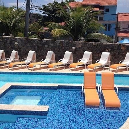 Camboinhas Beach Pousada:                   Piscina / Pool