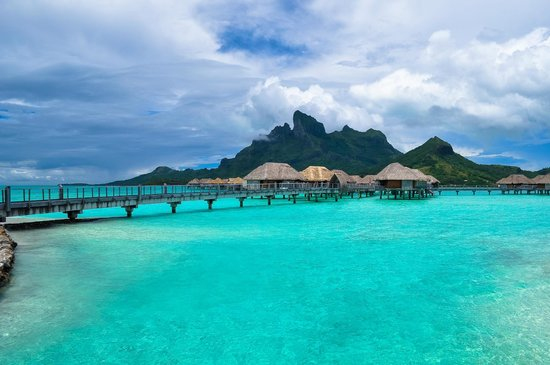 Four Seasons Resort Bora Bora: resort