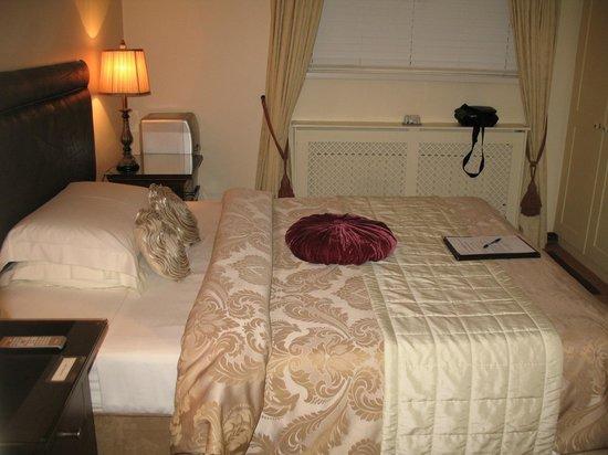 Almara House:                   My room