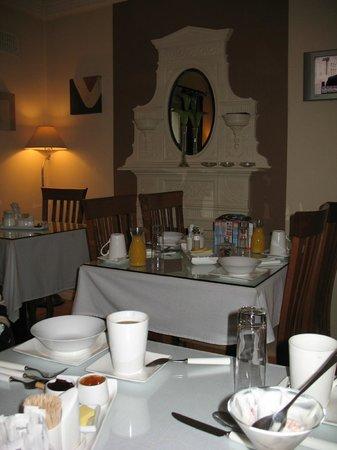 Almara House:                   Dinning for Breakfast