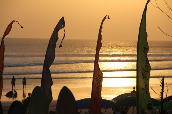 Puri Saron Seminyak:                   view from the beach in front of hotel- lots awesome restaurants near by