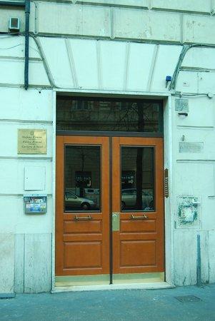 Il Leoncino B&B : Il Portone