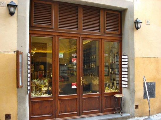 Enoteca Enotria : The exterior of the cafe