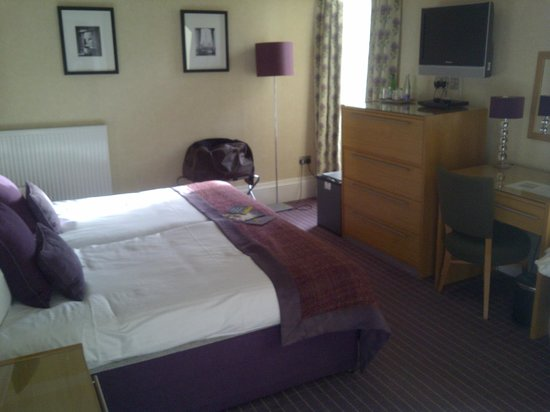 Crieff Hydro Hotel and Resort:                   Executive room