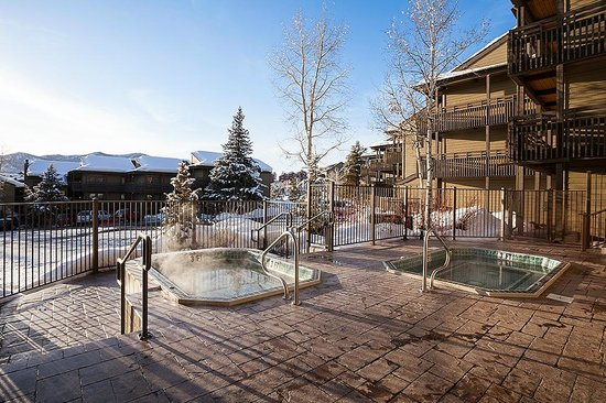 The Lodge At Steamboat: The Lodge Hot Tubs
