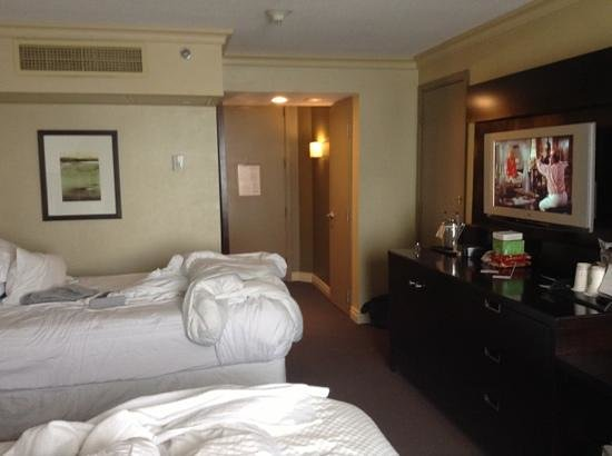 The Westin Harbour Castle:                   room 2640