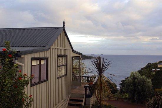 Tawa Lodge Waiheke Island : Aroma Del Mare exterior