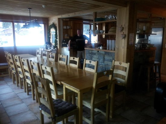 Cairn Lodge:                                     The Dinning Area