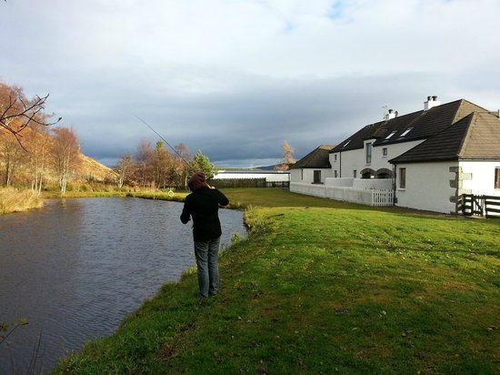 Highland Holiday Cottages:                   Here you can see how close the fishing lake is
