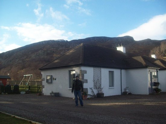 Highland Holiday Cottages:                   The house is one only of only about 5 you can see in the whole landscape