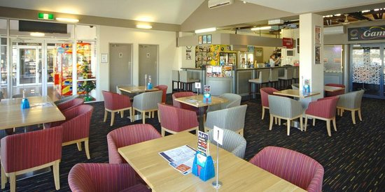 Argosy Motor Inn Devonport: Bar area