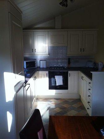 Thanet Well Lodge Retreat: kitchen