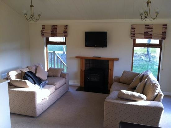 Thanet Well Lodge Retreat: living room!