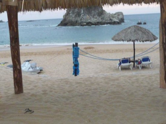 Barcelo Huatulco Beach Resort:                   View from Beach Chair