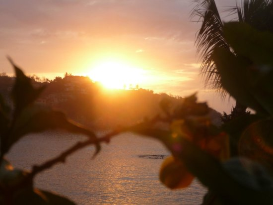Barcelo Huatulco:                   Morning sunrise