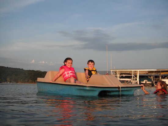 Lighthouse Lodge:                   Paddle Boat