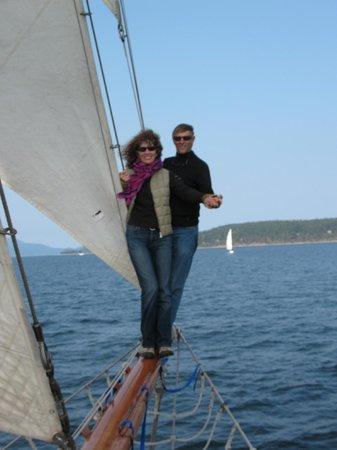 San Juan Classic Day Sailing: Adventurous couple out on the bowsprit!