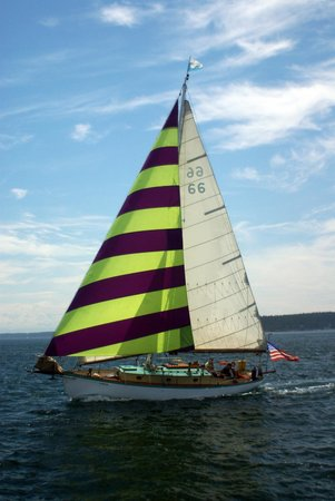 San Juan Classic Day Sailing : The Iris sailing through the San Juan Islands!