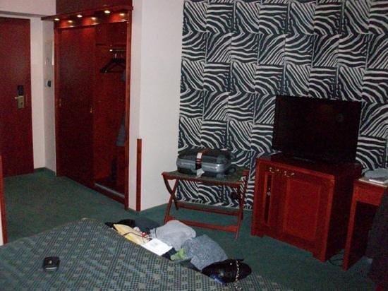 Hotel Carlton:                                     chambre