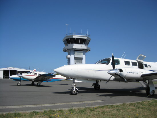 RidgeAir Fixed Wing and Helicopter Charters: The Fixed Wing Fleet on Charter