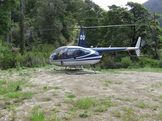 RidgeAir Fixed Wing and Helicopter Charters: Heli Hunting