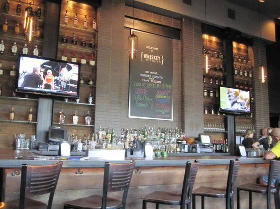 four roses on two for one night picture of whiskey kitchen rh tripadvisor co uk whiskey kitchen restaurant nashville tennessee