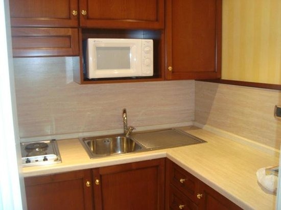 ATAHOTEL Linea Uno Residence:                   A cozinha americana