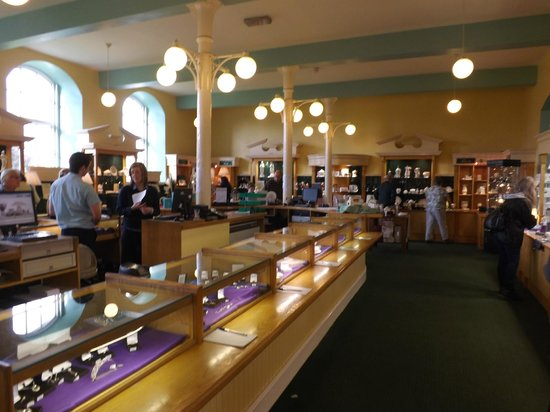 Belleek Pottery & Visitor Centre:                   Belleek Pottery showroom                 