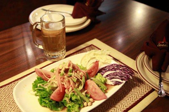 Swaddee Thai: papaya salad