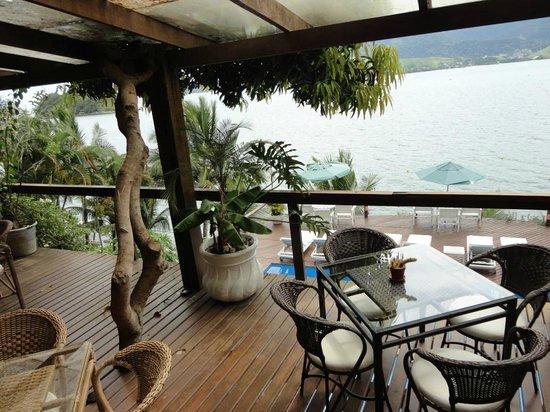Barra do Piuva Porto Hotel:                   Vista da varanda do restaurante