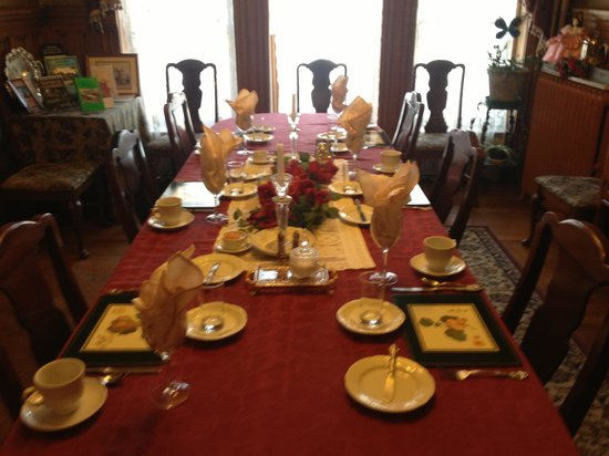 Castle Marne Bed & Breakfast:                                     Dining room set up for one of the best breakfast I've ever h