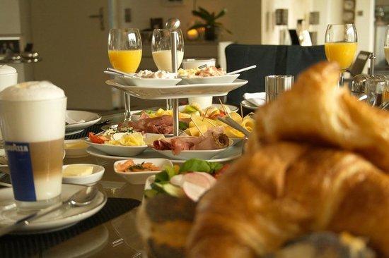 B & B Cologne Filzengraben - Breakfast Detail