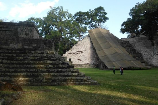 Hotel Graditas Mayas:                   Escalinata de los Mayas