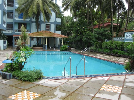 Osborne Resort Goa:                   Rooms facing the pool side