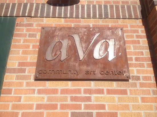 ‪AVA Community Art Center‬