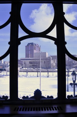 Milwaukee County Historical Society:                   view from the 2nd floor out to Pere Marquette Park