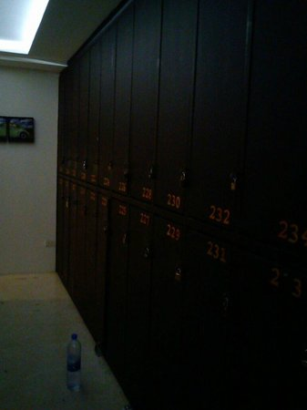 NapPark Hostel @ Khao San: Locker
