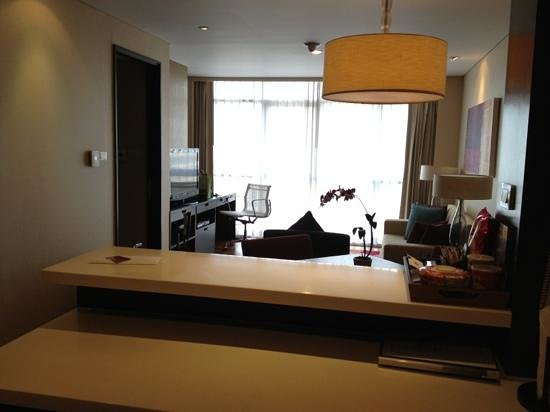 Sathorn Vista, Bangkok - Marriott Executive Apartments: Wohnzimmer