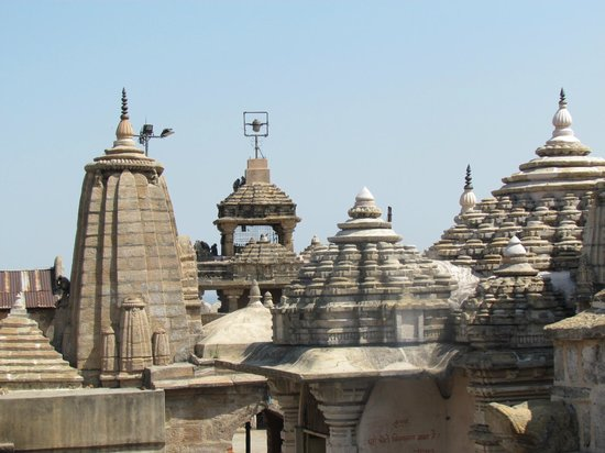 Nagpur, Indien:                                     A lovely old temple
