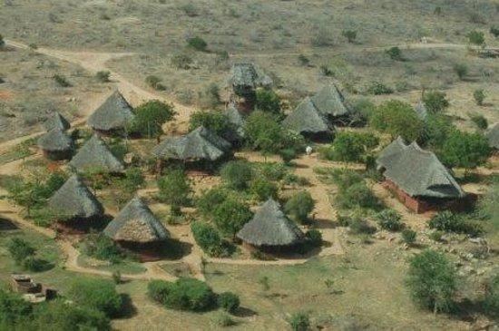 Tsavo Buffalo Camp: 00-Air view